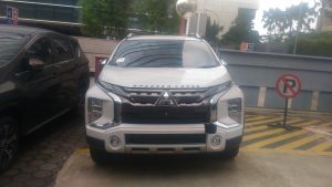 Kredit Dp dan Cicilan Murah Xpander Cross Premium Putih
